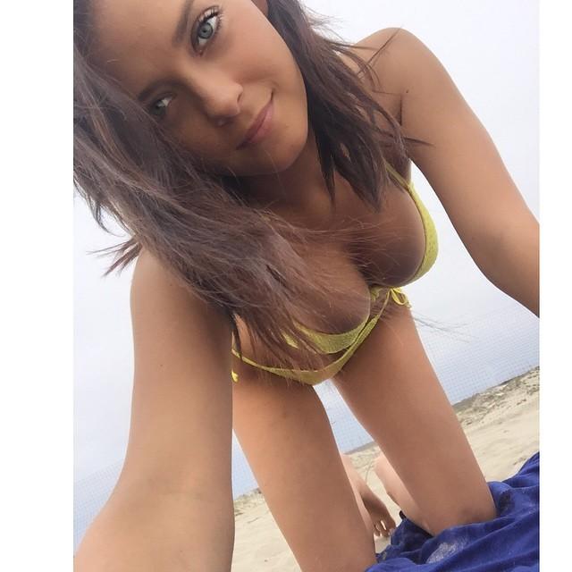 Alexandra Tyler Sexiest Instagram Photos