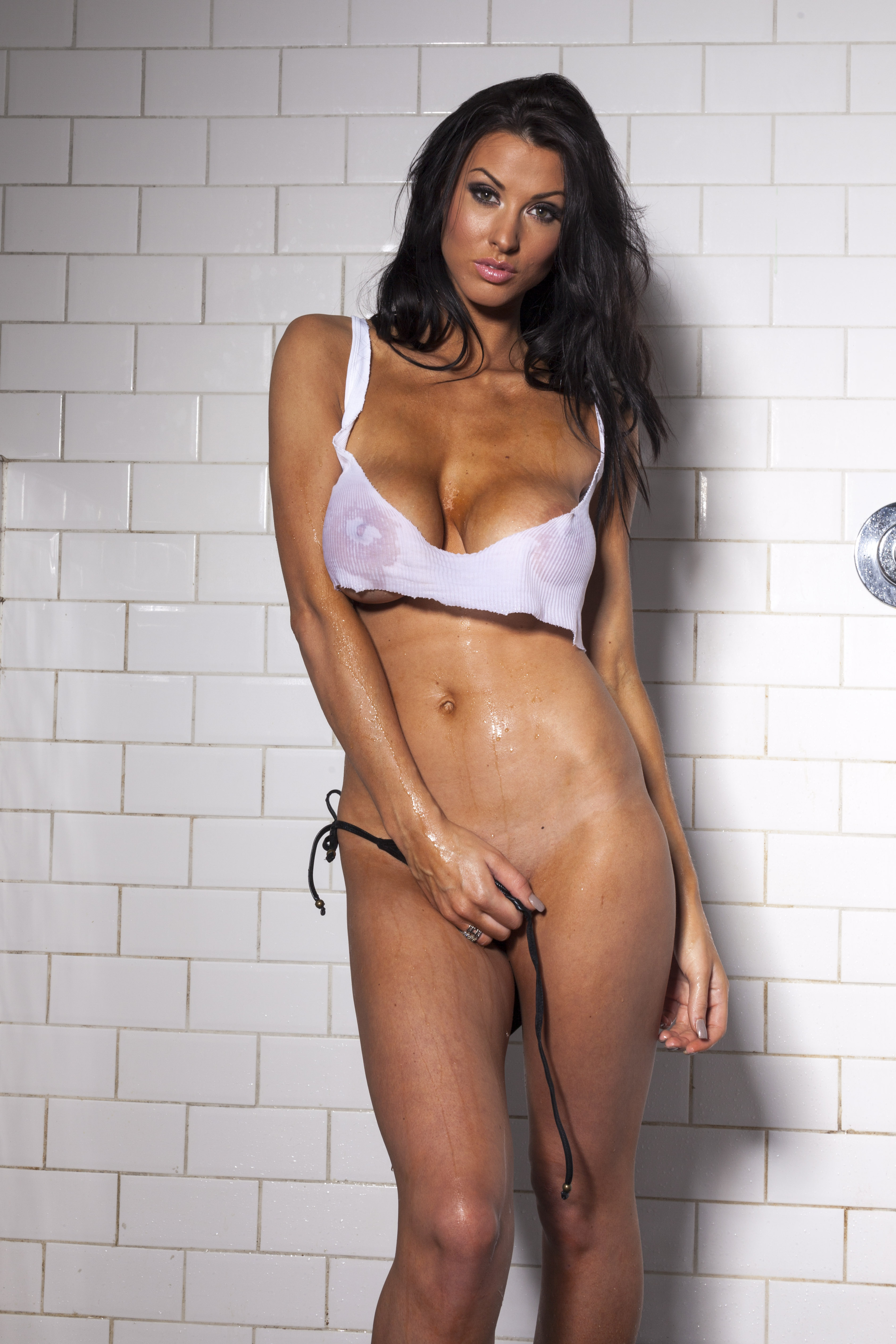 Alice Goodwin By Harry Pseftoudis - 30.04.2012