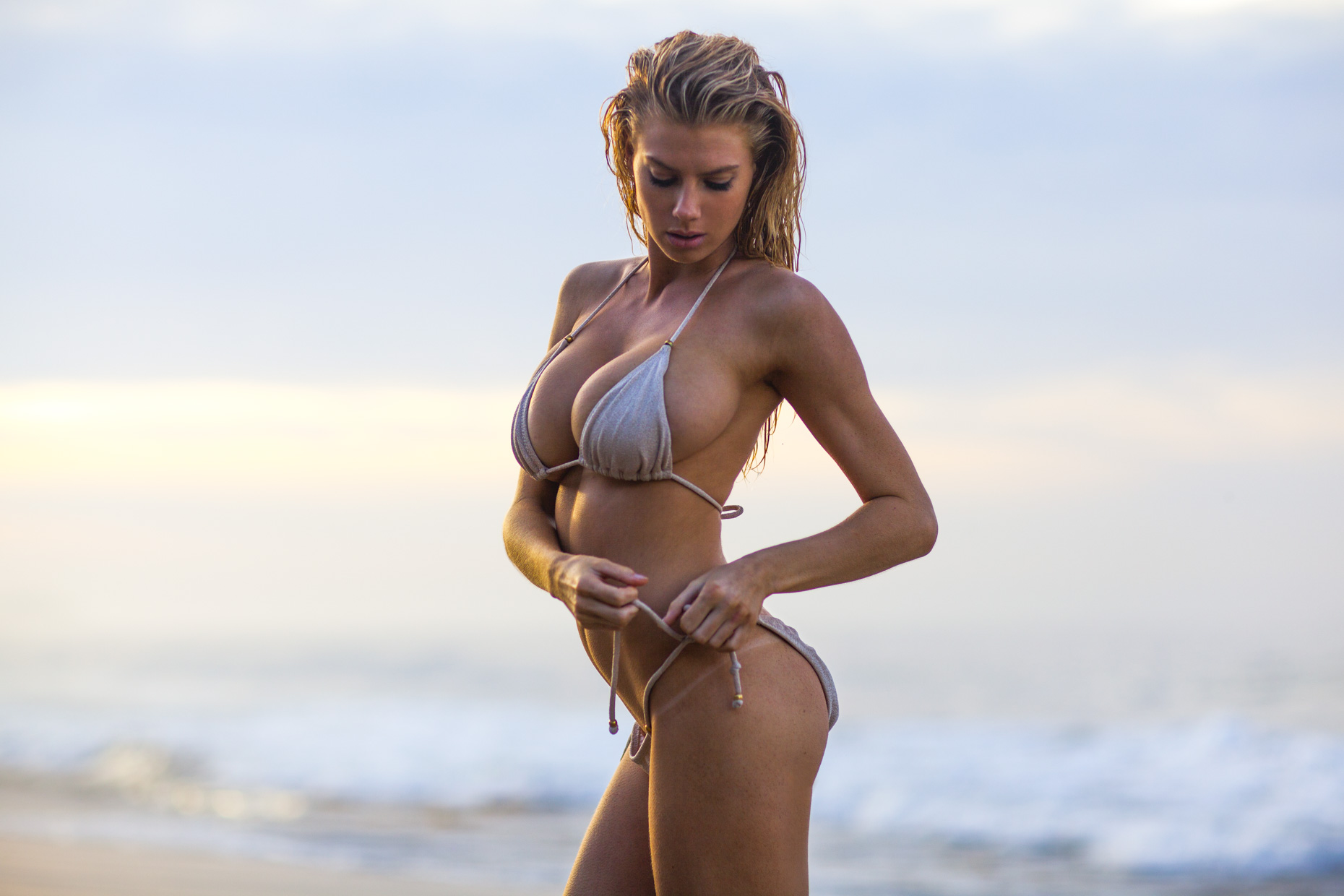 charlotte-mckinney-bikini-pics-are-so-hot-2