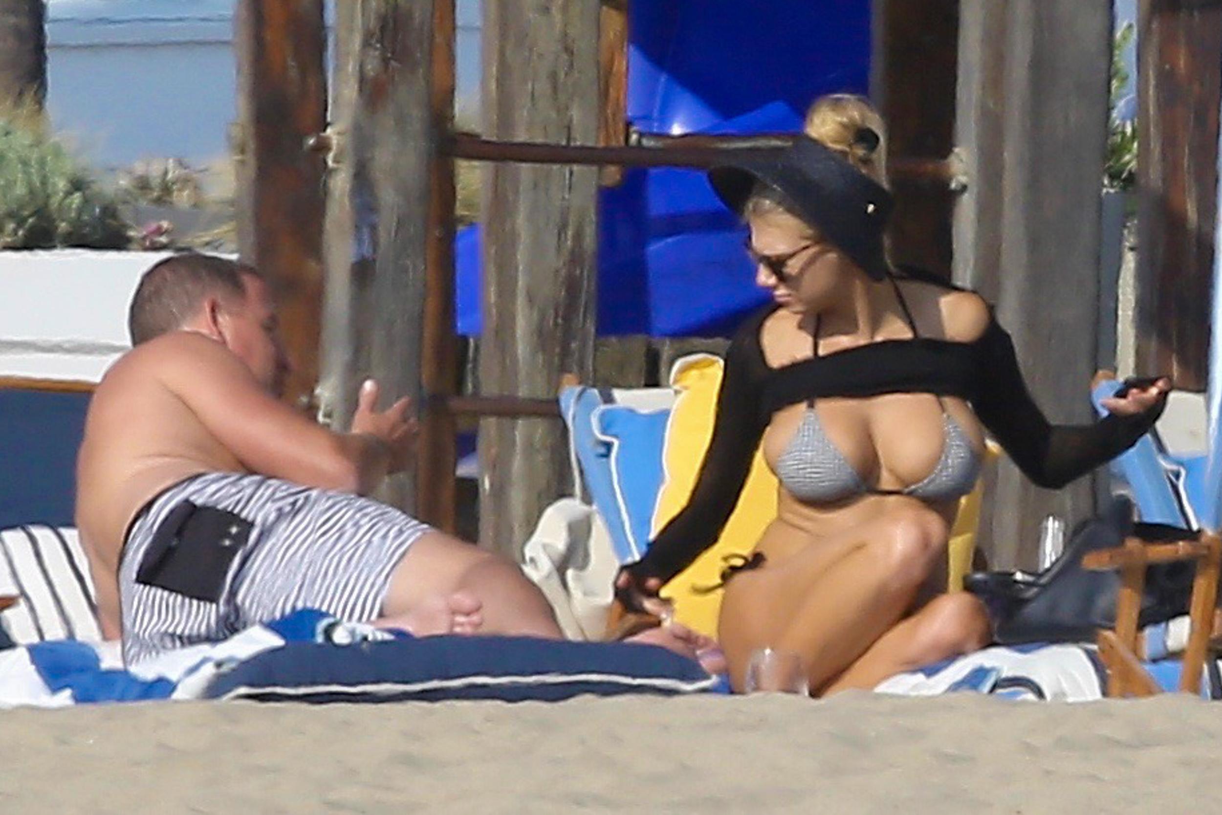 charlotte-mckinney-bikini-pics-are-so-hot-5
