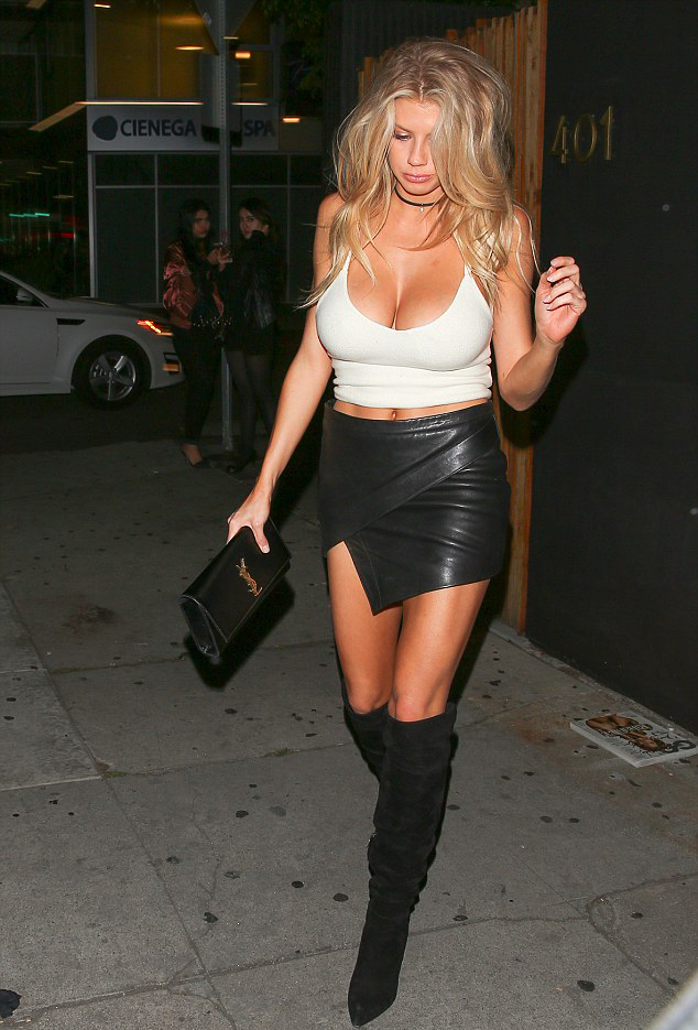charlotte-mckinney-innocent-outfit-1