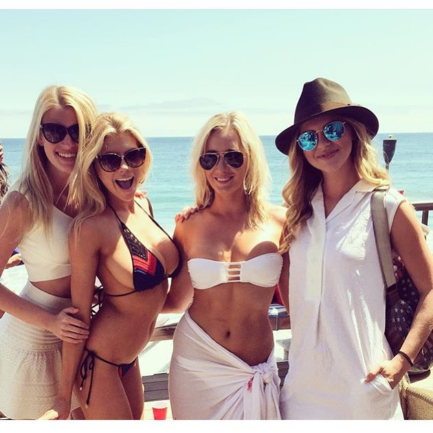 charlotte-mckinney-sexiest-instagram-photos-10