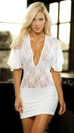 lina-posada-innocent-outfit-1