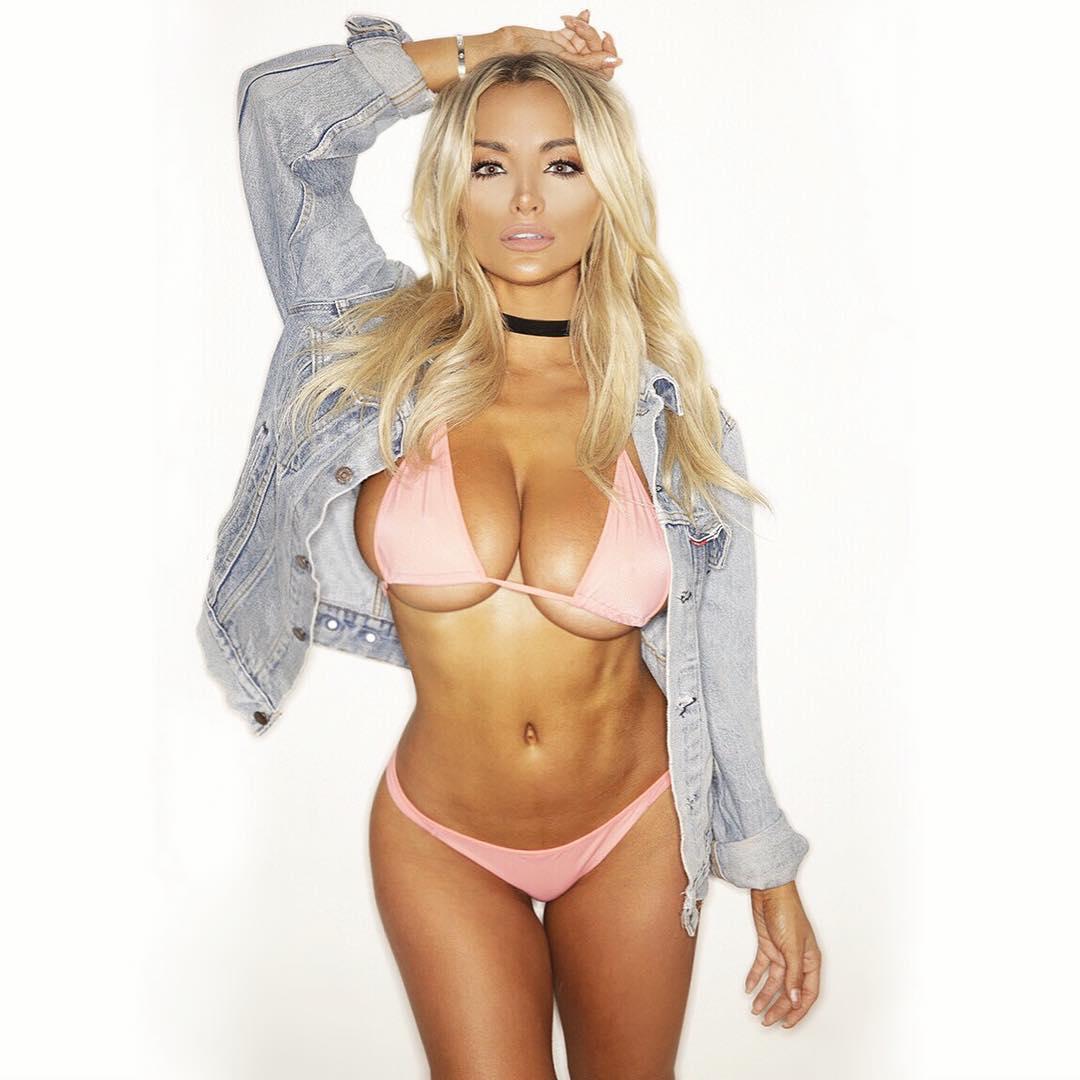 lindsey-pelas-bikini-pics-are-so-hot-14