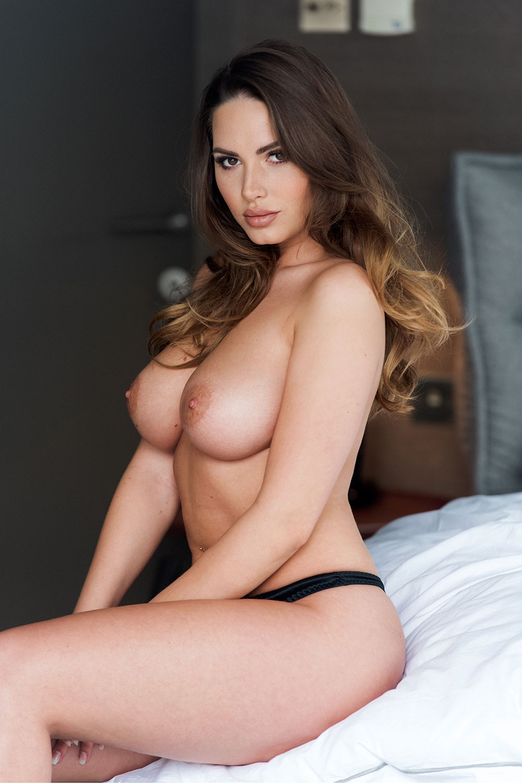 sabine-jemeljanova-flexible-and-topless-1