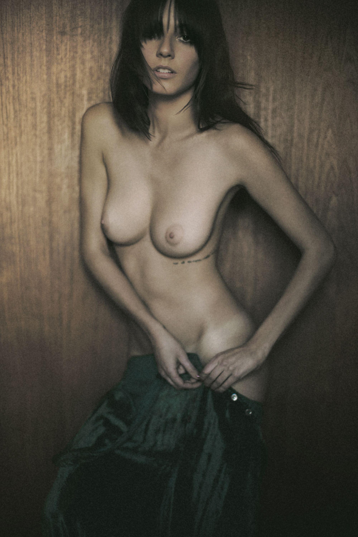 carla-quevedo-nude-3