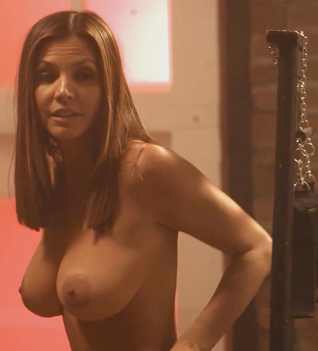 charisma-carpenter-naked-001