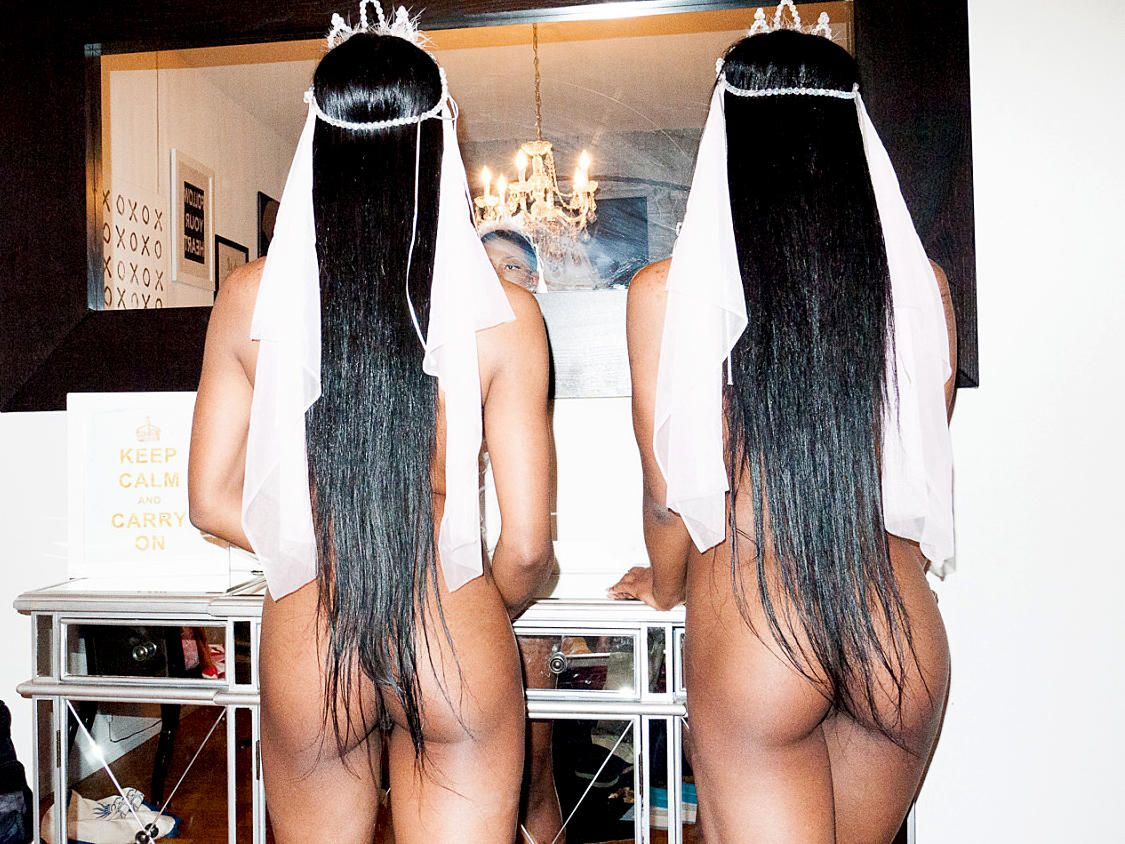 clermont-twins-topless-1