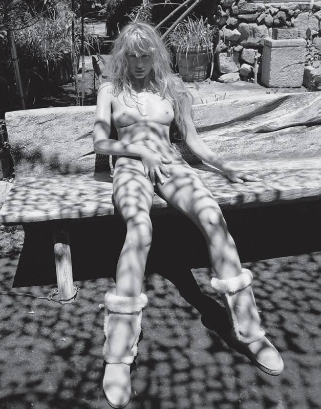 Colette Laporta  nackt