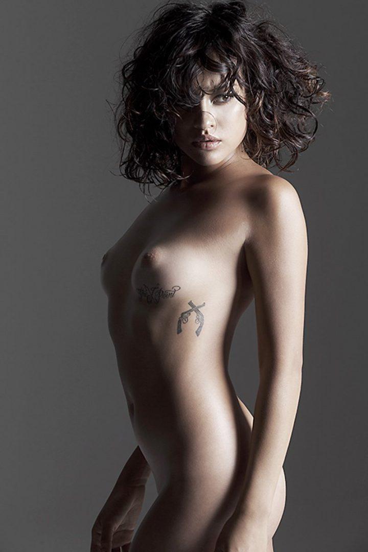 erika-moreno-naked-01
