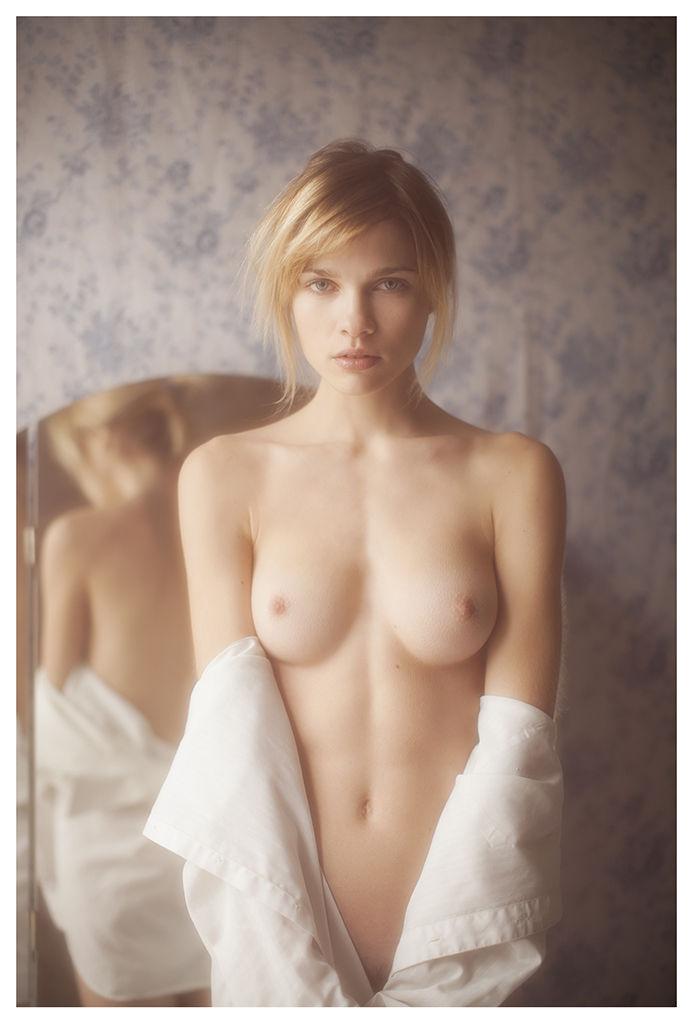 eva-biechy-nude-sexy-16-thefappening-so_