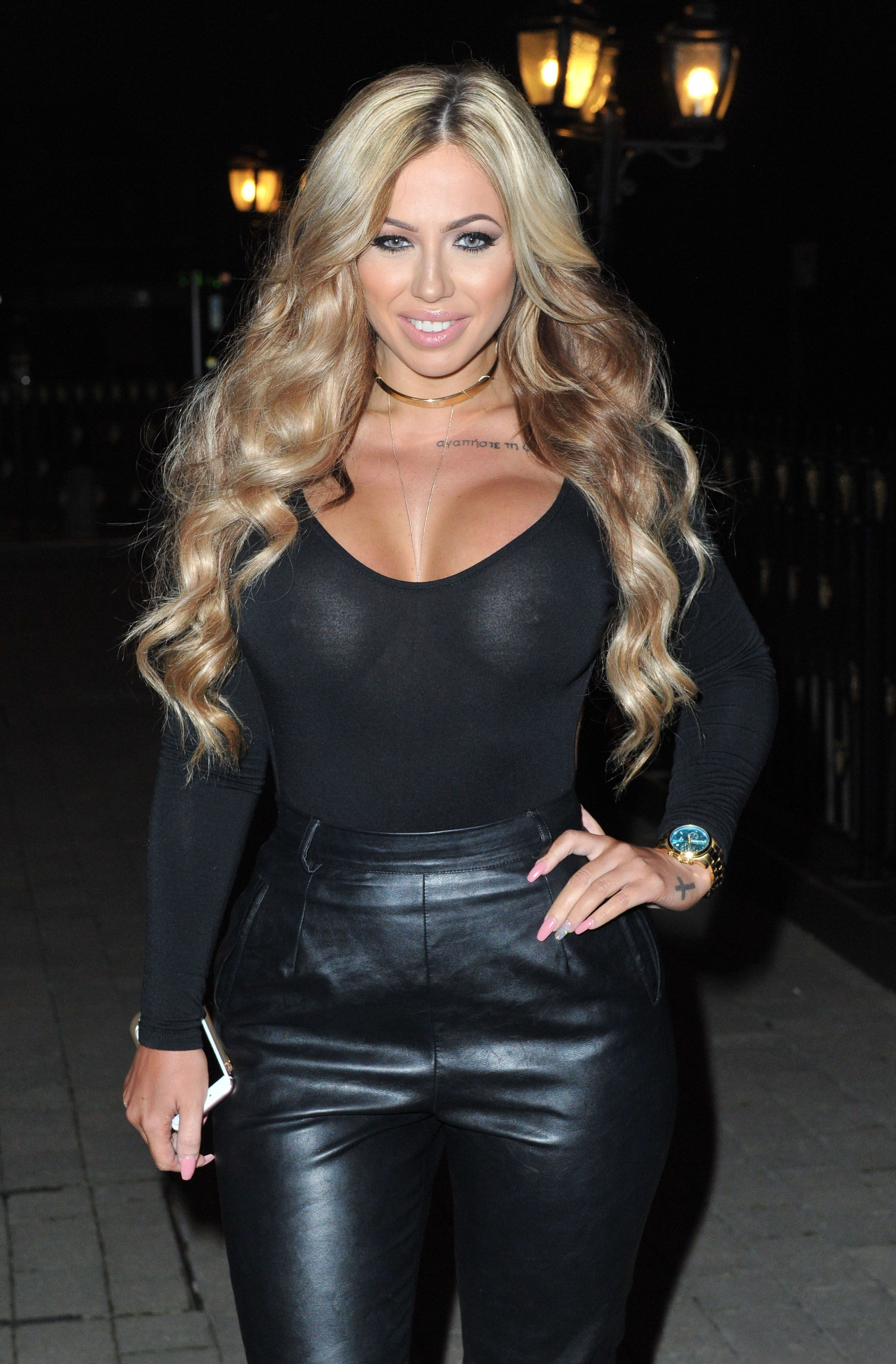 holly-hagan-braless-2