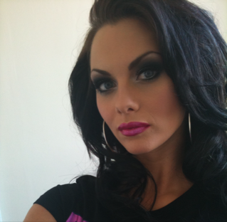 jessica-jane-clement-sexiest-instagram-photos-1