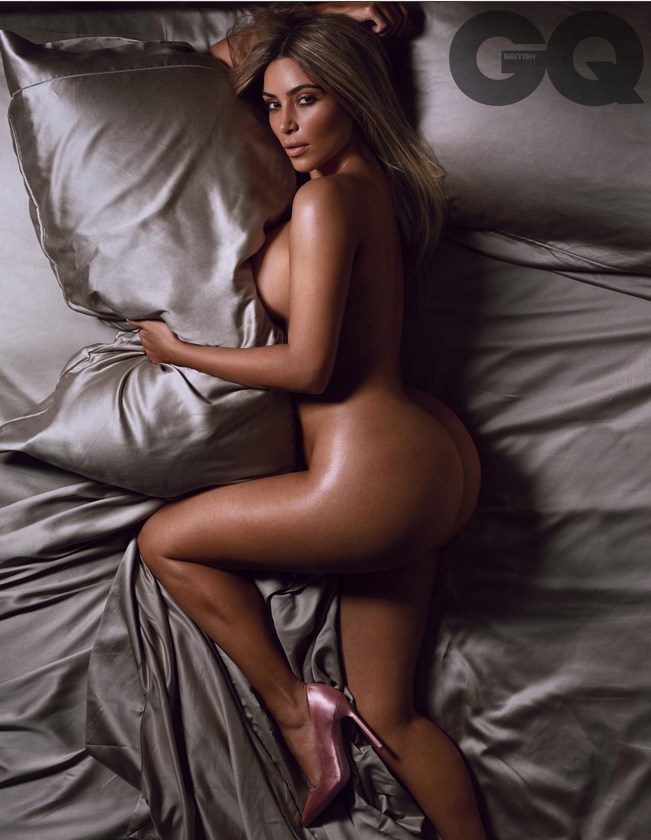 kim-kardashian-sexy-3
