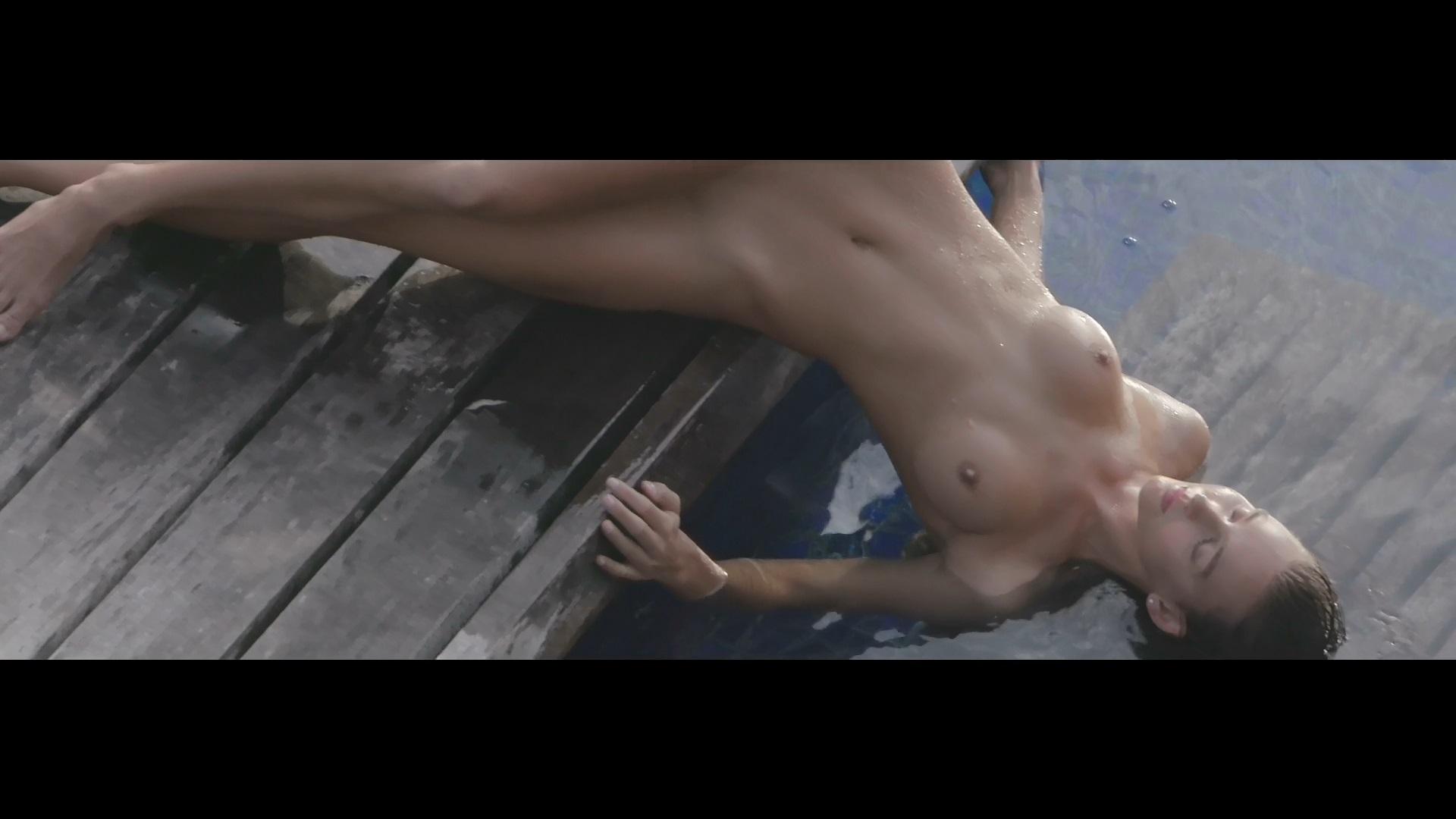 Anna nackt Wolf Anna Ermakova