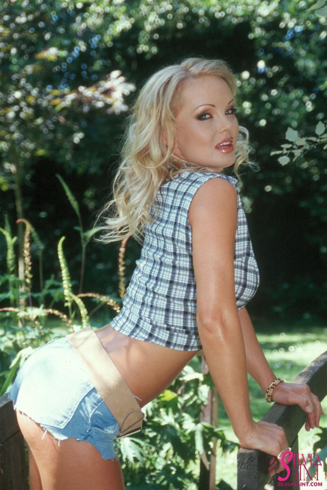 silvia-saint-sexy-cowgirl-4