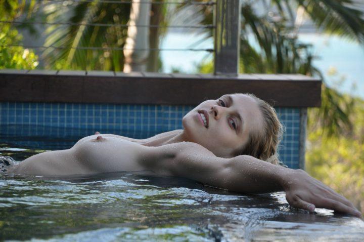 teresa-palmer-naked-00