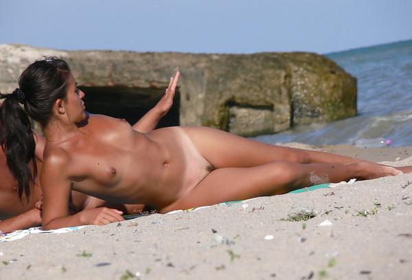 beach-nude-115