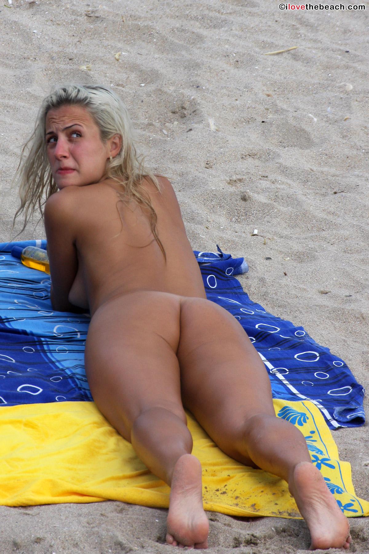beach-nude-13