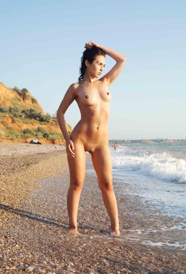 beach-nude-163