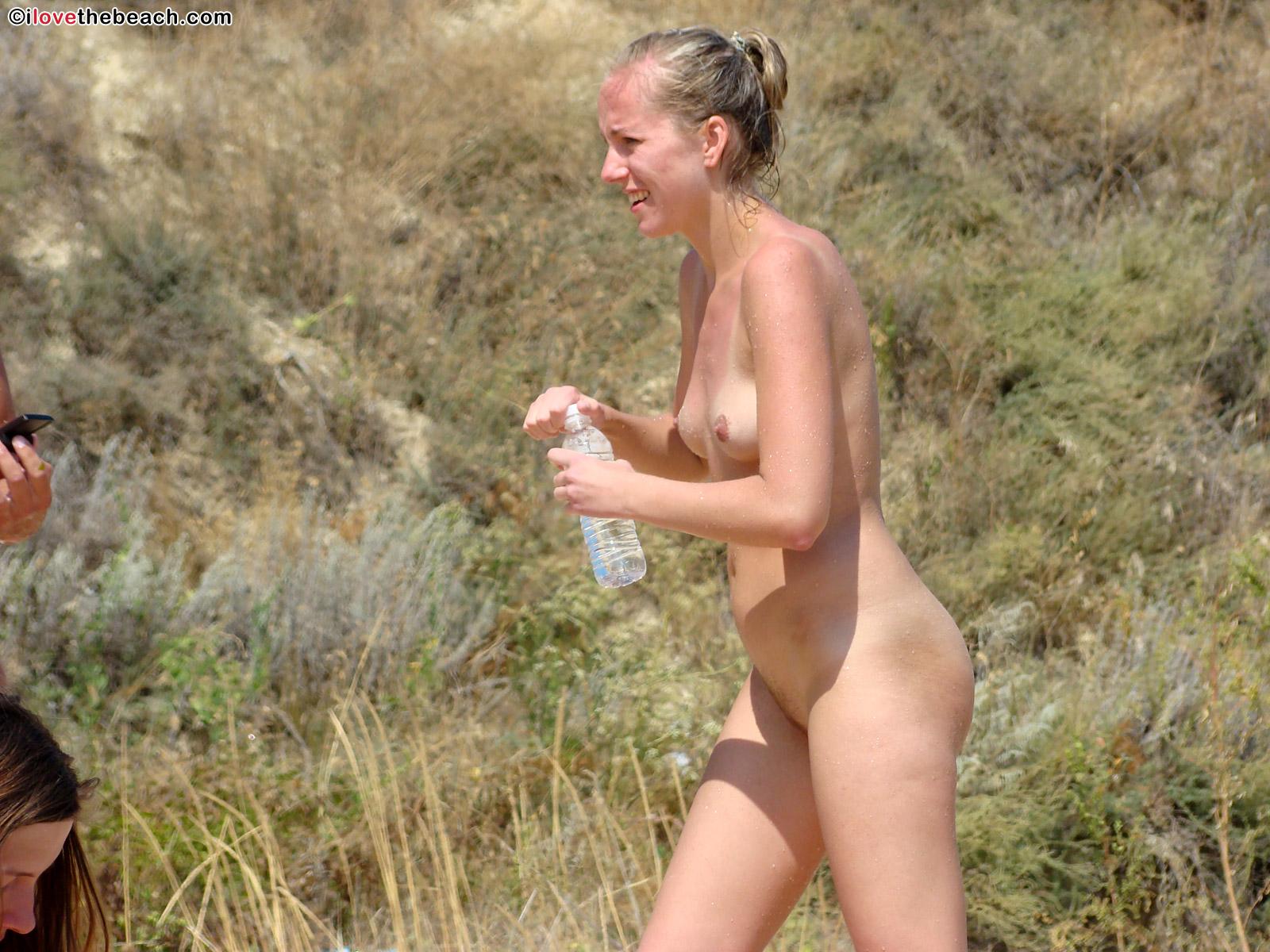 beach-nude-2