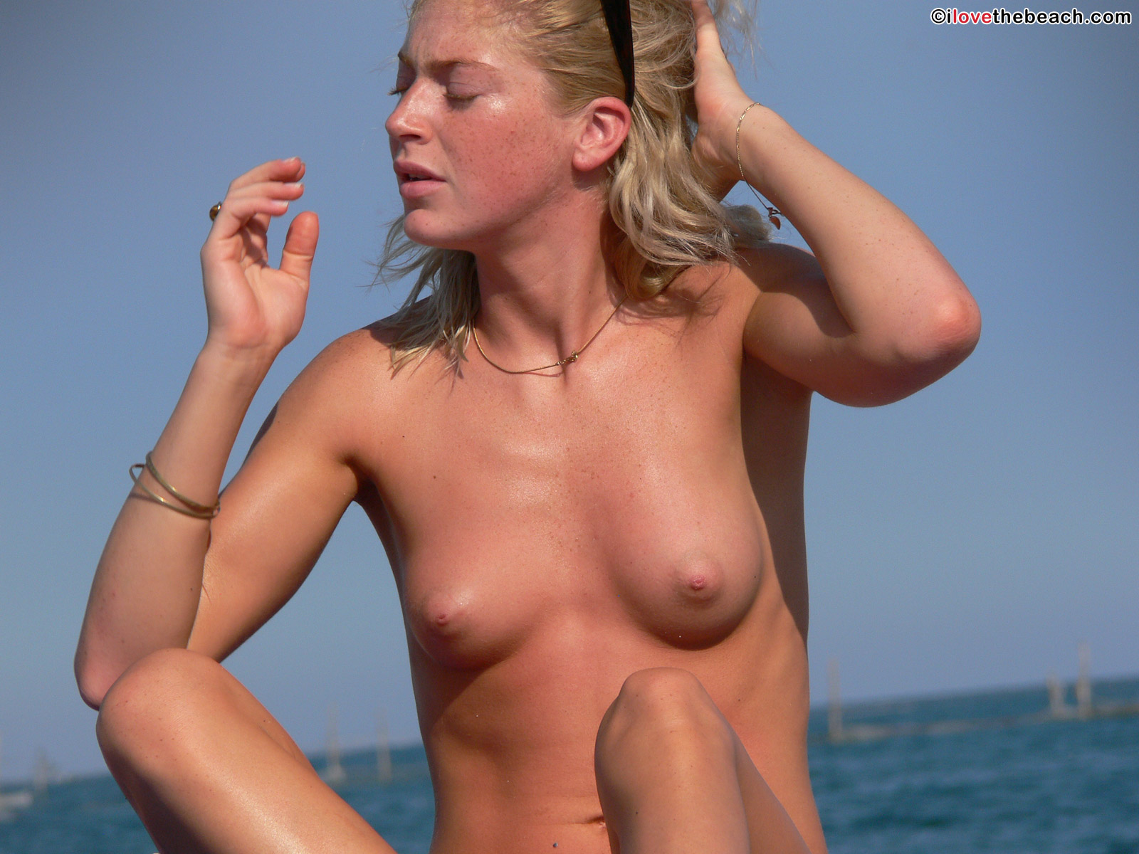 beach-nude-20