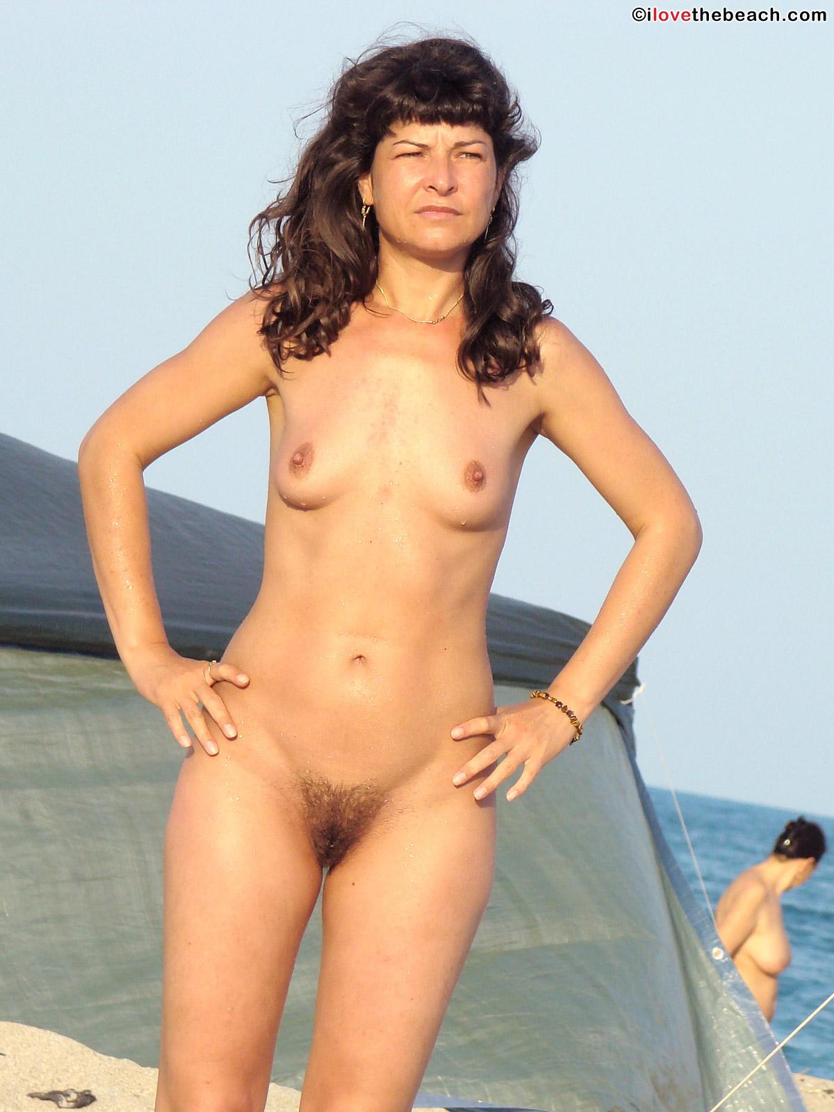 beach-nude-21