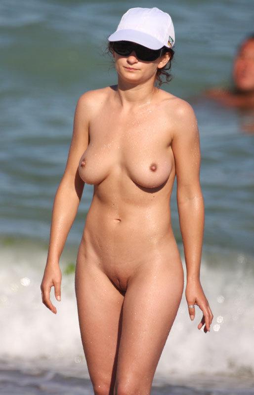beach-nude-35