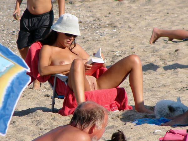 beach-nude-52