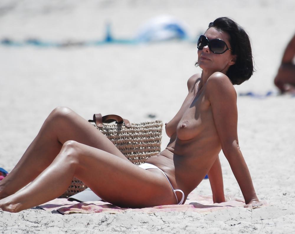 beach-nude-62