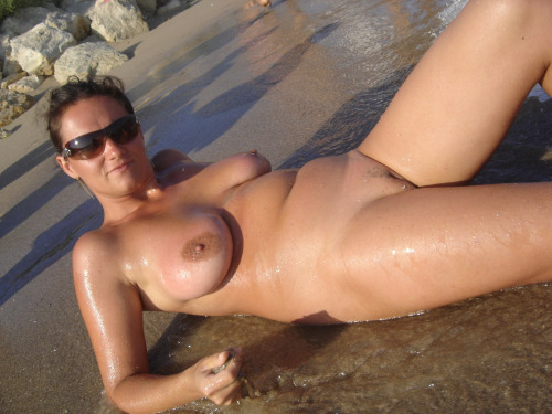 beach-nude-95
