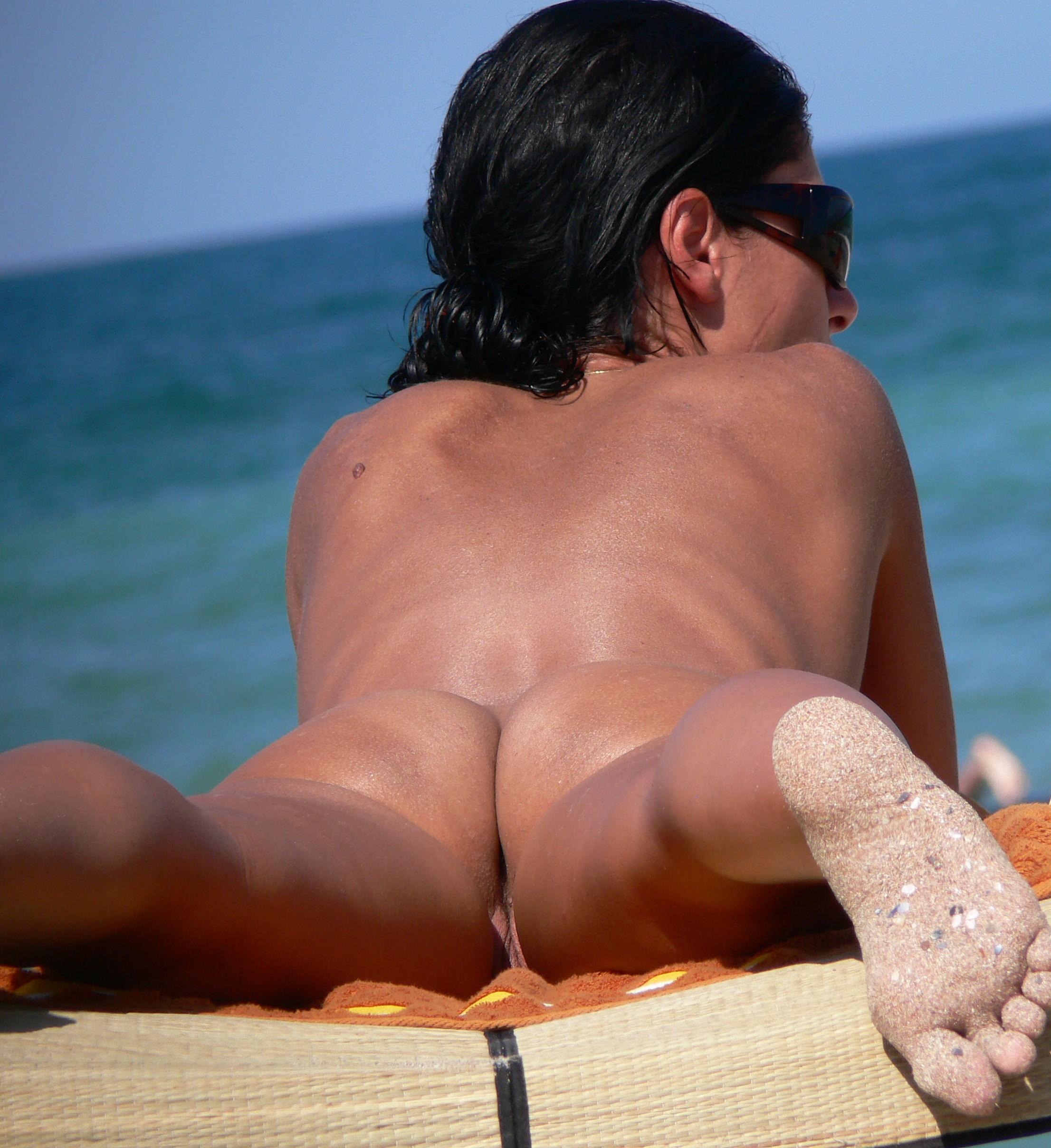 Sarah jane dias nude