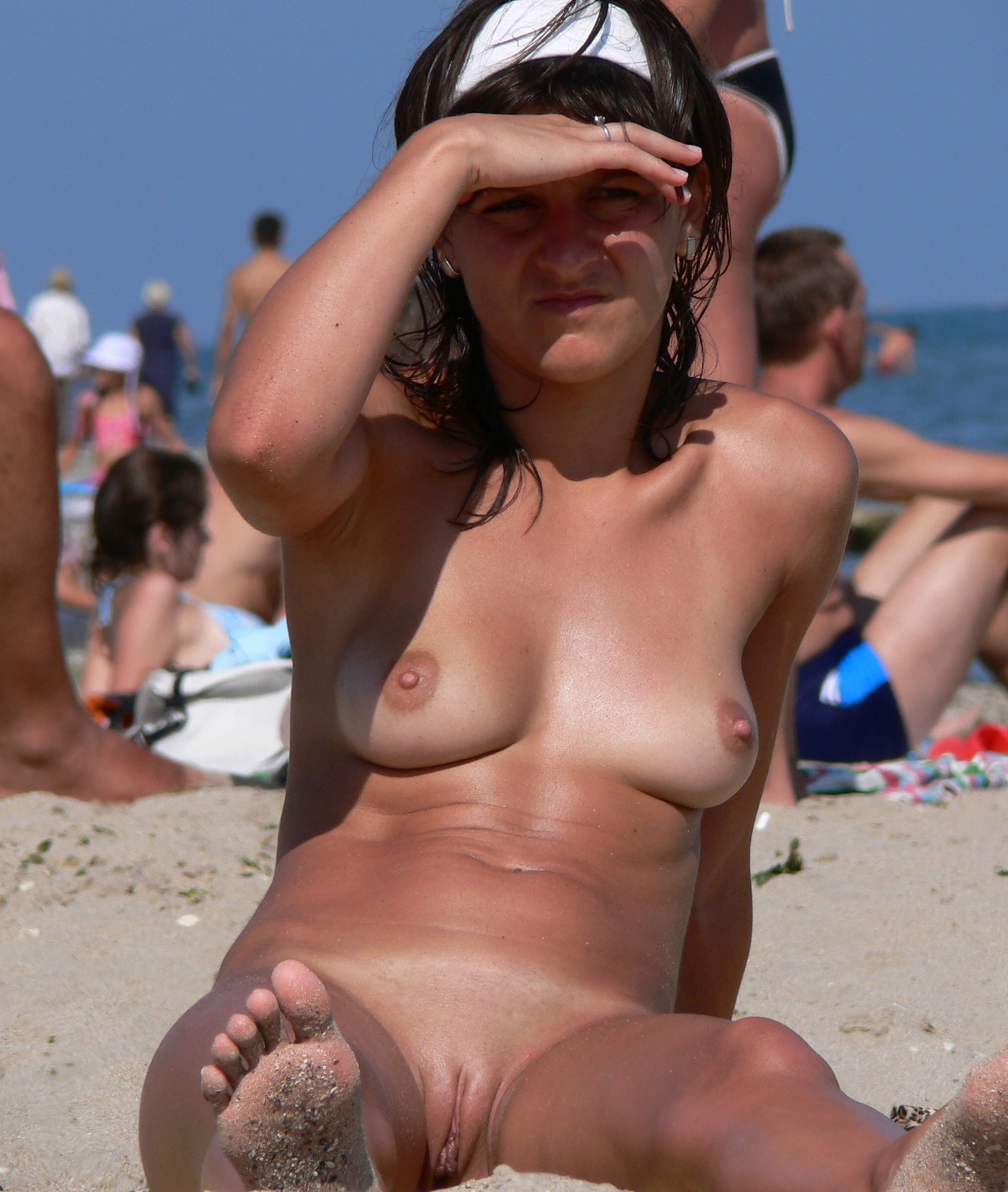 nude female beach families hot