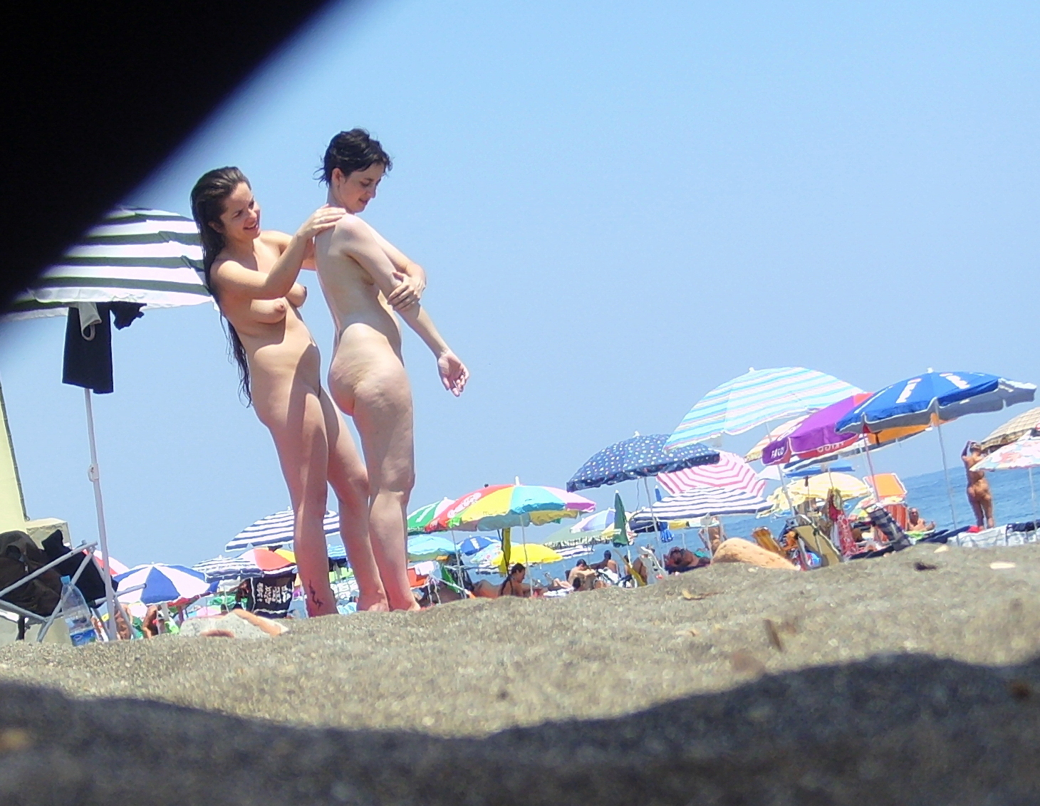 https://voyeurpapa.com/wp-content/uploads/2016/12/Nudists-family-nude-beach-64.jpg