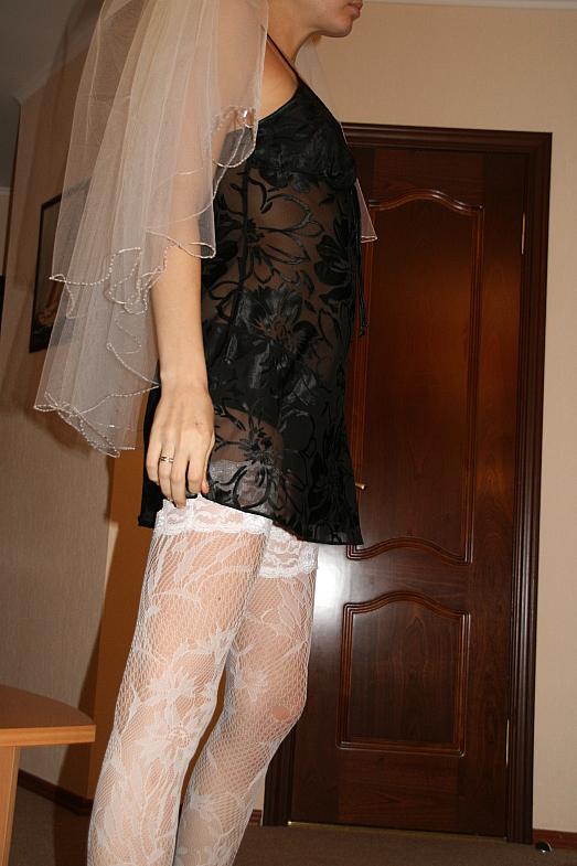 https://voyeurpapa.com/wp-content/uploads/2016/12/Wedding-skandall-SEXY-and-NUDE-575.jpg