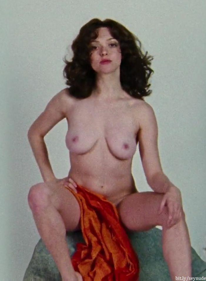 Nackt Linda Regan  Linda Blair's