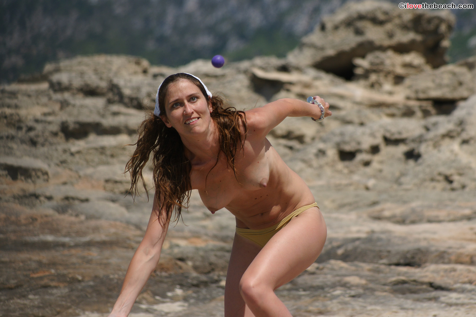 beach-nude-pics-2