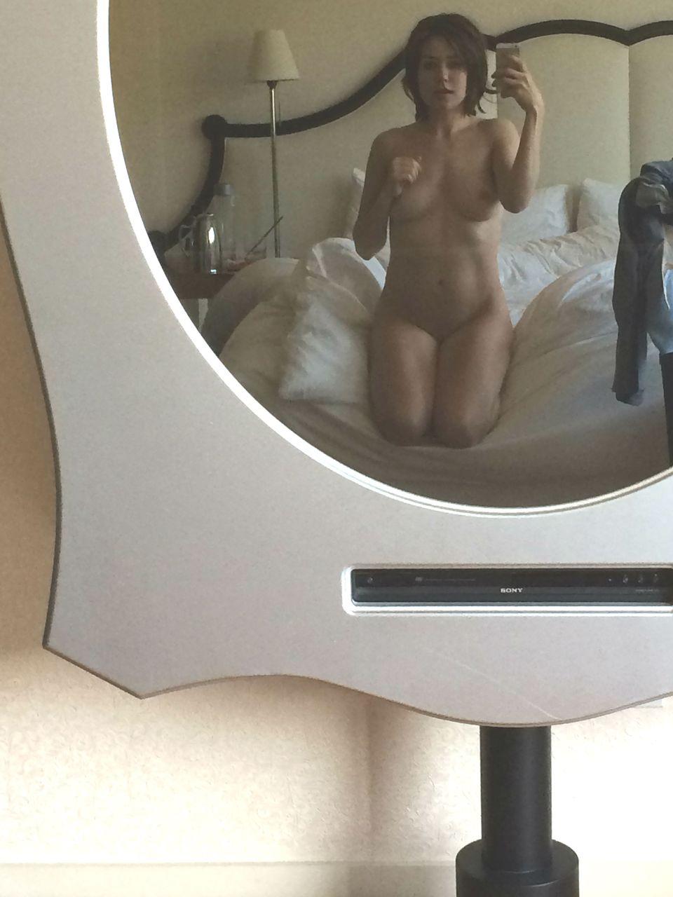 megan-boone-leaked-nudes-03