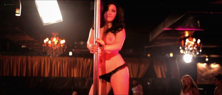 Syren Sexton, Barbara Nedeljakova (nn), etc – Strippers vs Werewolves (UK-2012) HD 1080p BluRay [full frontal]