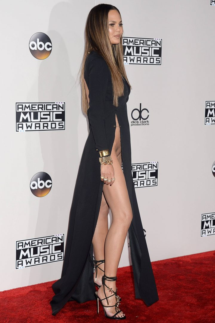 """Chrissy Teigen flashes her shaved pussy at the """"2016 American Music Awards"""" in Los Angeles,"""