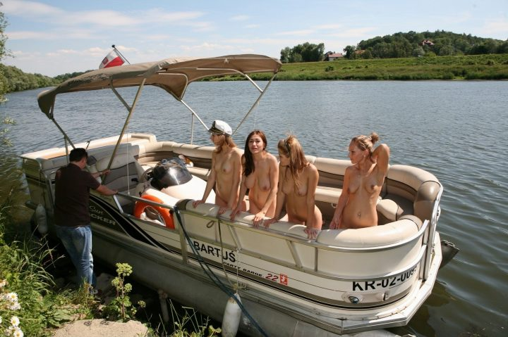 Nude family vacation pics