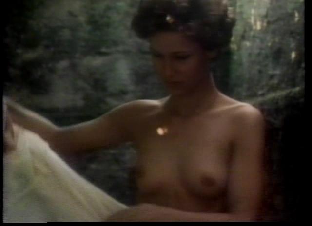 Monica nackt Broeke Courteney Cox