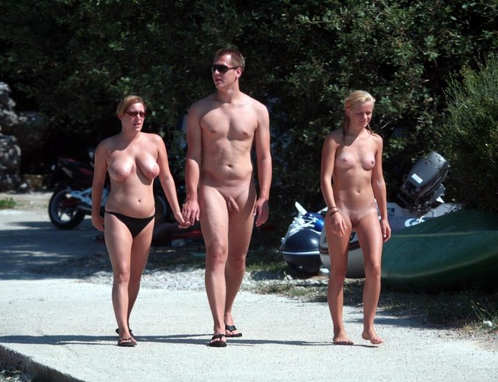 Family nudist group galleries 368