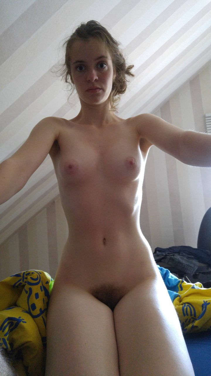 Cute Young German Girlfriend Posing Naked At Home