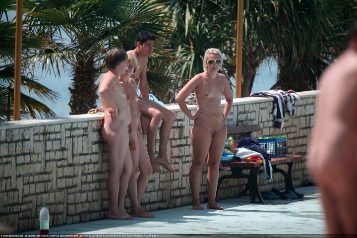 Camp nudism – girls-te-en (18+)
