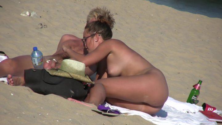 Beach Voyeur HD Nude 343