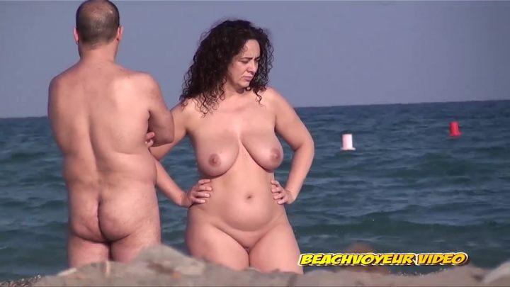 Beach Voyeur HD Nude 18