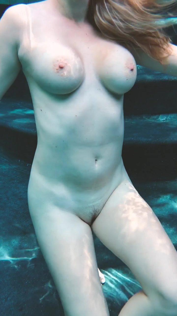 Spy Wife under water