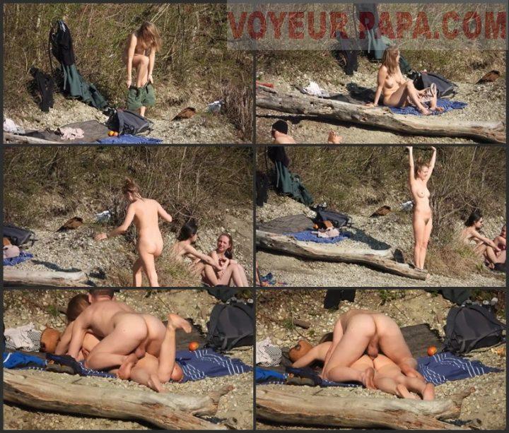 Couple nude fun